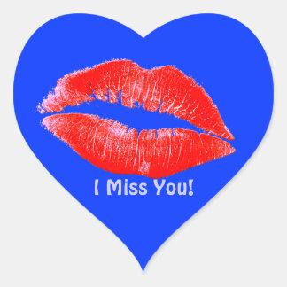 El lápiz labial de la diversión besa a Srta. You Pegatina De Corazón Personalizadas