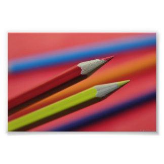 El LÁPIZ Red-and-yellow-crayons1412 DIBUJA CON CRE Impresiones Fotograficas