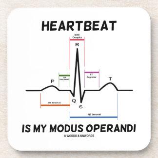 El latido del corazón es mi modus operandi (el posavasos de bebidas