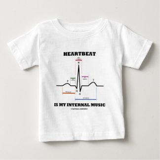 El latido del corazón es mi música interna tshirts