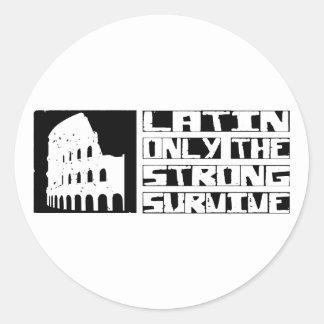 El latín sobrevive pegatina redonda