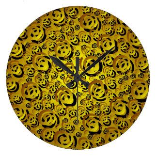 El latón tuerce en espiral reloj de pared del mode