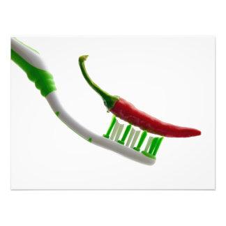El lavarse ardiente de los dientes fotografias