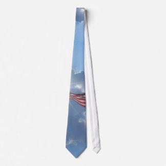 El lazo de los hombres de América con la bandera a Corbatas Personalizadas
