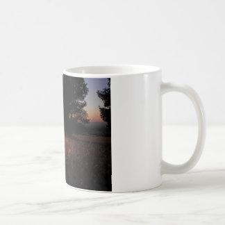 El lecho del ayer taza clásica