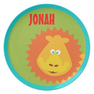 El león salvaje de la cosa embroma la placa del plato de comida