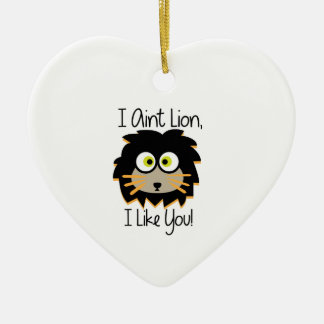 El león tiene gusto adorno de cerámica en forma de corazón