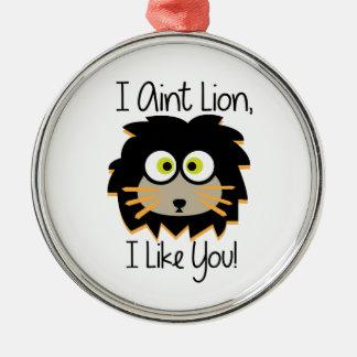 El león tiene gusto adorno redondo plateado
