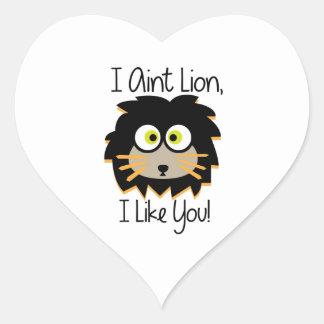 El león tiene gusto pegatina en forma de corazón