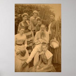 El León Tolstói autor con su familia Póster
