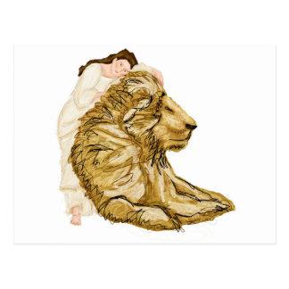El león y la señora postales