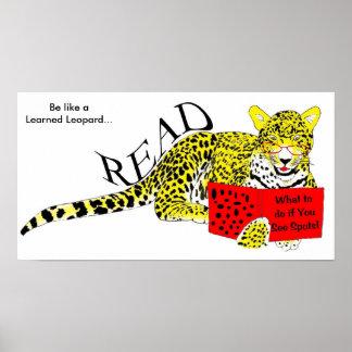El leopardo docto lee impresiones