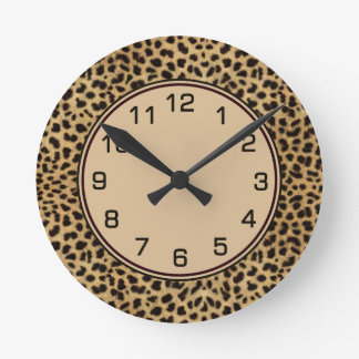 El leopardo mancha el modelo reloj redondo mediano