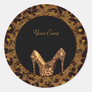 El leopardo redondo del pegatina calza negro del