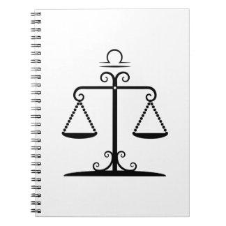 el libra equilibrado escala el zodiaco de la libros de apuntes con espiral