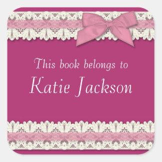 El libro adaptable pertenece a los pegatinas colcomanias cuadradases