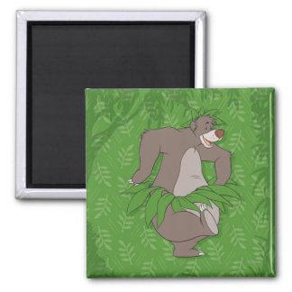 El libro Baloo de la selva con la falda de hierba Imán Cuadrado