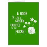 El libro es como un jardín llevó adentro el bolsil tarjetas