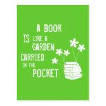 El libro es como un jardín llevó adentro el bolsil tarjetas postales
