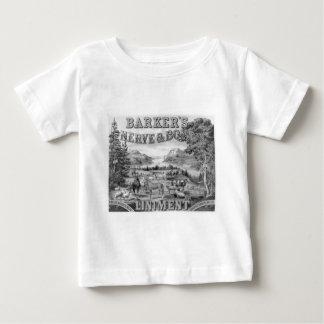 El linimento 1883 de Barker Playera De Bebé
