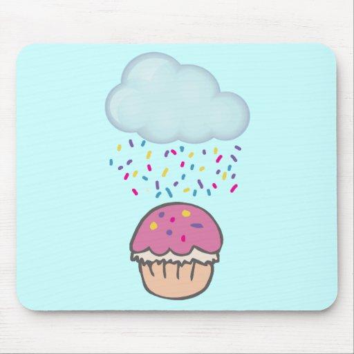 El llover asperja en la magdalena mousepad
