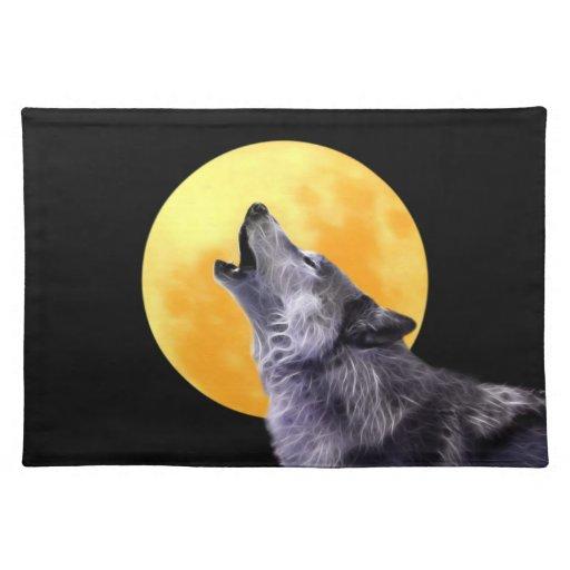 El lobo grita en la Luna Llena Manteles