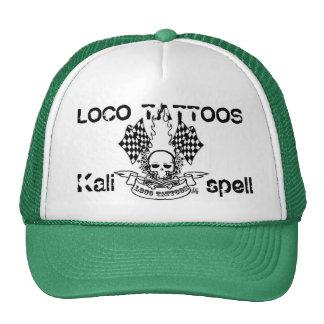 El loco tatúa el gorra de los camioneros de Kalisp