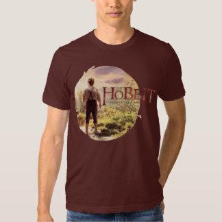 El logotipo de Hobbit con BAGGINS™ apoya Playera