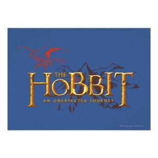 El logotipo de Hobbit sobre las montañas Invitación
