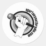 El logotipo icónico de la radio espartano de la etiquetas redondas