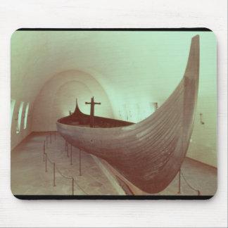 El longship de Gokstad (madera) Tapetes De Ratón
