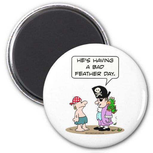 El loro del pirata tiene mún día de la pluma iman