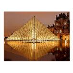 El Louvre, París, Francia Postales