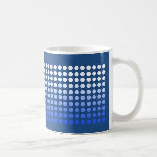 El lunar blanco azul se descolora la taza 2 de las