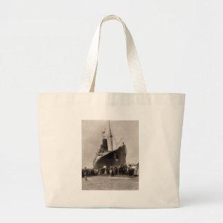El Lusitania del RMS llega New York City 1907 Bolsas Lienzo