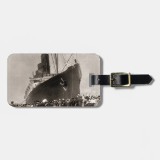 El Lusitania del RMS llega New York City 1907 Etiqueta De Maleta