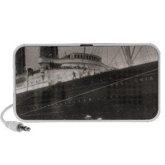 El Lusitania llega New York City 1907 Mini Altavoz