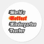 El maestro de jardín de infancia más caliente del pegatina redonda