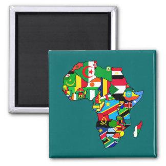 El mapa africano de las banderas de África dentro Imán