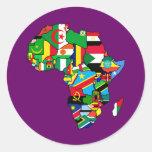 El mapa africano de las banderas de África dentro  Pegatinas Redondas