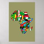 El mapa africano de las banderas de África dentro  Póster