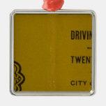 El mapa de conducción y que rueda de Colton de los Adorno Navideño Cuadrado De Metal