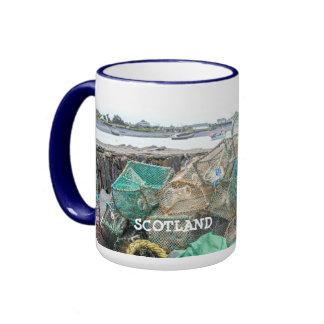 El mar escénico ve la isla Escocia de Easdale Seil Taza De Dos Colores