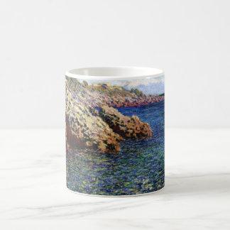 El mar Mediterráneo (d'Antibes) del casquillo, 188 Taza Básica Blanca