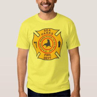 El mar parquea el cuerpo de bomberos poleras