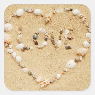 El mar Shell ama el corazón Pegatina Cuadrada