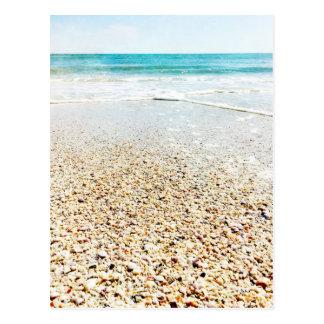 El mar tropical de las olas oceánicas de la arena tarjetas postales