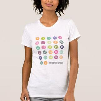 El maratón numera el pastel camisas