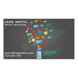 El márketing social profesional trabaja tarjetas de visita