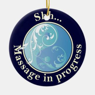 El masaje de Yin Yang del movimiento en sentido ve